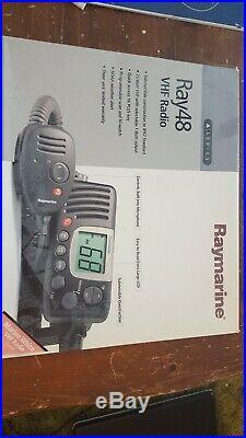 Raymarine RAY48 E43021 VHF Radio (white) Marine Boat