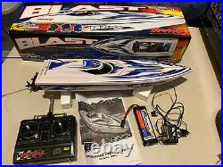 Vintage Traxxas Blast RC Speed Boat With Box Battery Charger Radio Control